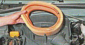 Замена воздушного фильтра Renault Logan